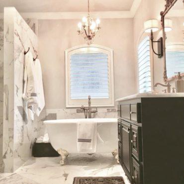 Elegant bath room remodel design.